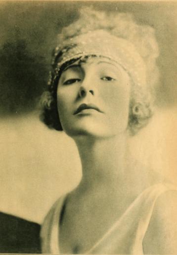 Doris Pawn, 1920