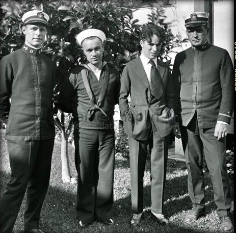 Chaplin_navy1918
