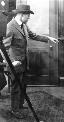 Griffith directing, 1913