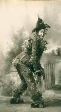 scarecrow_photo